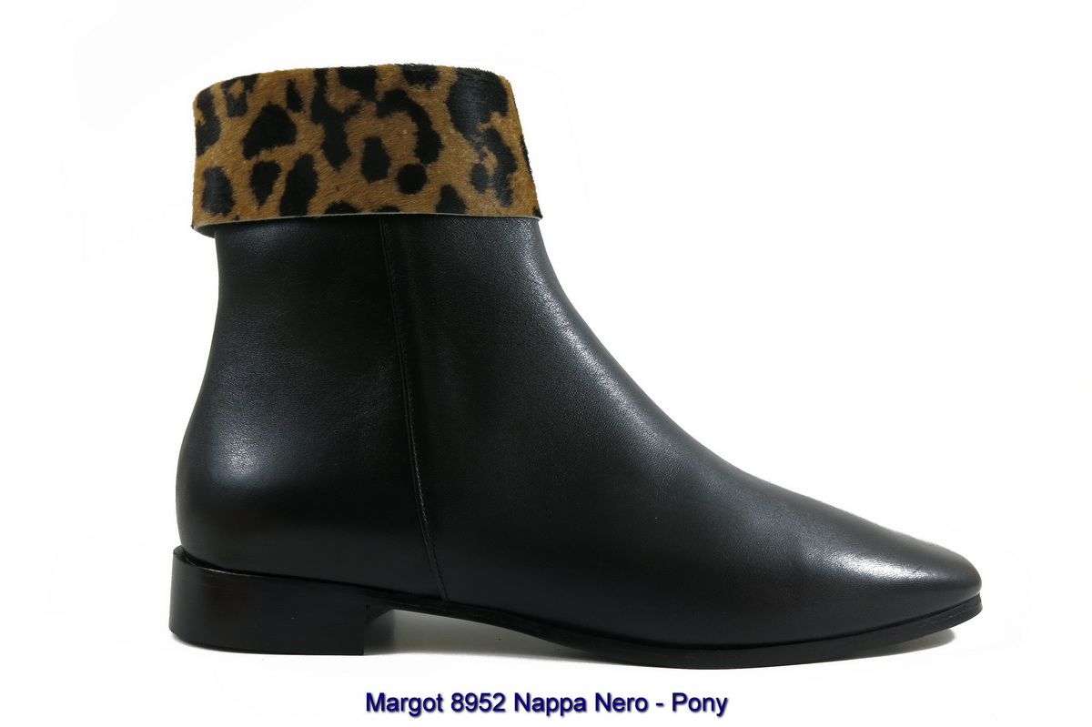 Margot 8952 Nappa Nero - Pony